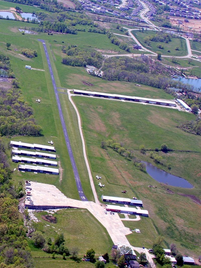 Roosterville Airport (0N0), Liberty, Missouri