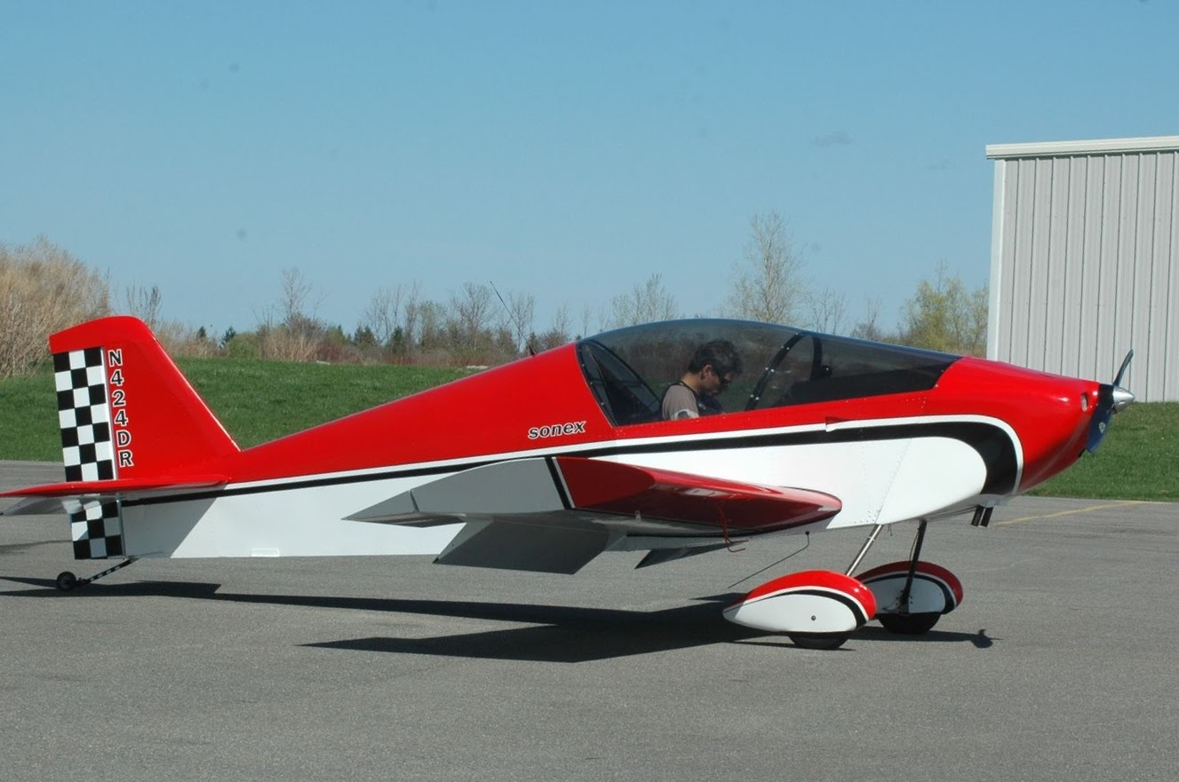 Craig Ritson's Sonex.  Powered by Jabiru 2200